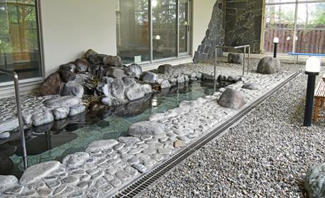 写真:男性用展望風呂